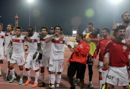 Antalyaspor'da 4 imza