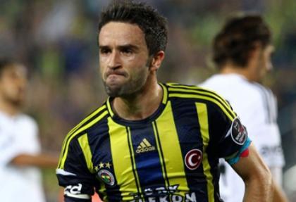 Fenerbahçeli futbolcu Gökhan Gönül ameliyat oldu