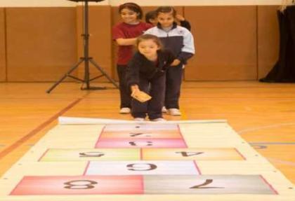 Unutulmaya yüz tutmuş oyunlar İhlas Koleji'nde