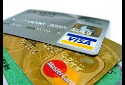 Bankalara aidatsız kredi kartı zorunluluğu geliyor