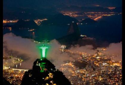 Brezilya dolarda zorunlu karşılıkları kaldırdı
