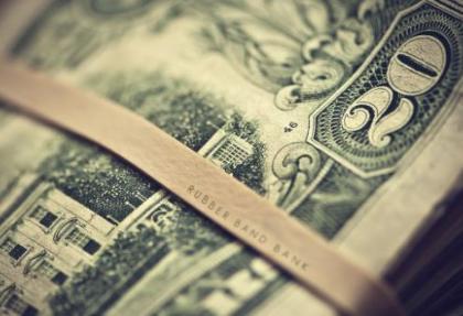 Dolar 1,91'i gördü