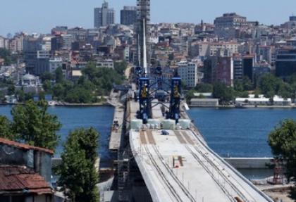 Haliç metro köprüsünde sona doğru