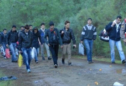 İzmir'de 47 kaçak yakalandı