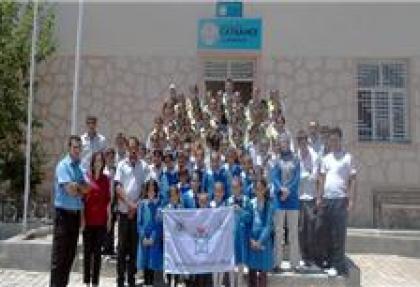 Köy okuluna Beyaz Bayrak