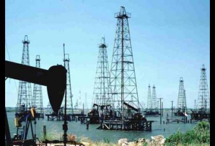 Petrol fiyatları cebi yakacak