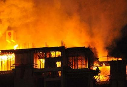 Sheraton Hotel inşaatında yangın çıktı