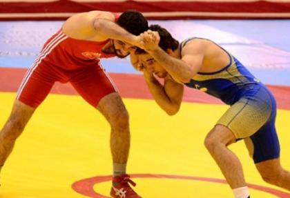 Türkiye güreşte 3 altın madalya daha kazandı