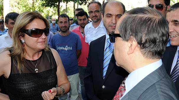 """Vali, terbiyesiz CHP'li üyeyi böyle morarttı: """"Senden izin mi alacağım?"""""""