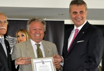Beşiktaş'ta Yalçın Karadeniz mazbatasını Orman'dan aldı