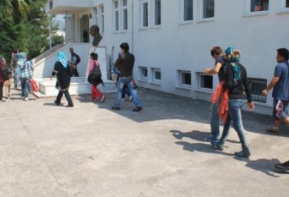 Marmaris'te 19 kaçak yakalandı