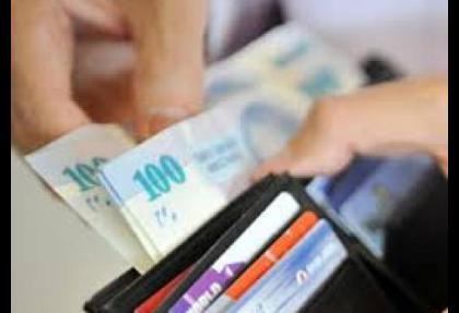 Özel memurların maaşlarına kısıtlama geliyor