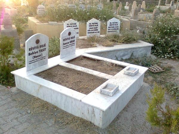 """PKK, Kürtçe """"REVİYA ROJE"""" yazıp leşini böyle gömüyor!"""