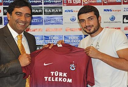 Trabzonspor, Kadir Keleş ile imzaladı