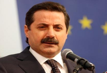 Bakan Çelik 'teklif' iddialarını cevapladı