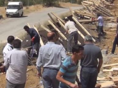 Bitlis'te sözde 'PKK şehitliği' yıktırıldı