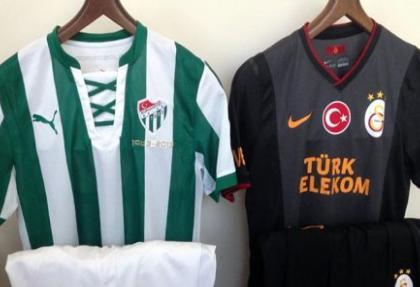 Bursaspor çubuklu, Galatasaray siyah forma ile oynayacak