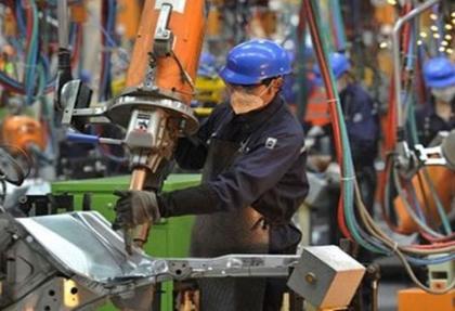 Çin'de imalat beklenmedik şekilde arttı