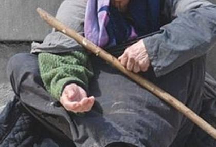 Dolandırıcı kadın fena yakalandı!