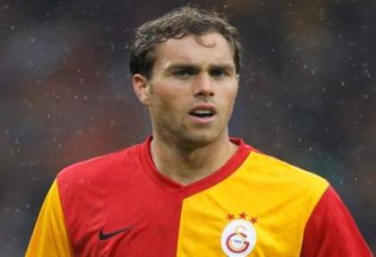 Galatasaray, Elmander'i kiraladığını borsaya bildirdi
