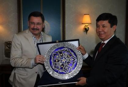 Kırgızistan Ekonomi Bakanı'ndan yatırım çağrısı