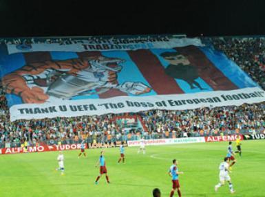 Trabzon'da Fenerbahçelileri kızdıracak pankart!