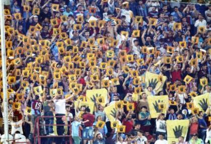 Trabzonspor'dan 61'de Mısır'a 'RABIA' selamı