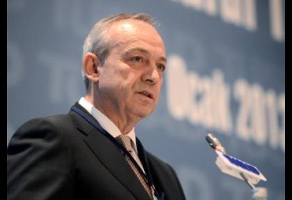 Batı karşıtlığı sözü Türkiye'nin ağırlığını azaltıyor