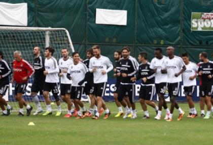Beşiktaş'ta Atiba ve Almeida sevinci