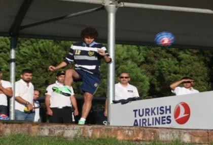 Fenerbahçeli futbolcular rakip oldu