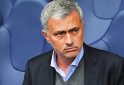 Mourinho'ya ceza yolda