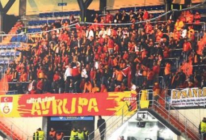 Galatasaray taraftarı Bernabeu'da çıldırdı