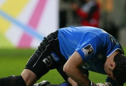 Uruguaylı kaleci 4 parmağını kaybetti