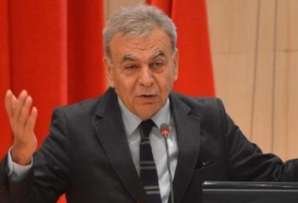 İzmir Metrosu'na 'kırmızı bayrak' verildi
