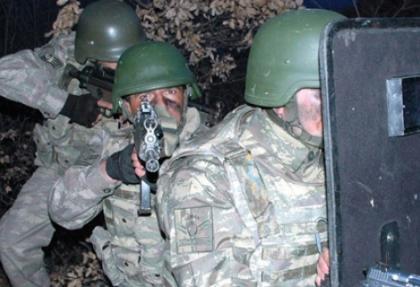 Jandarma'dan nefes kesen tatbikat