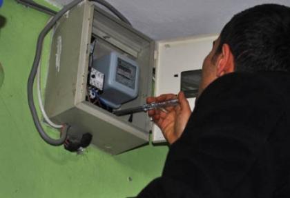 Kar yağışı 55 köyü elektriksiz bıraktı