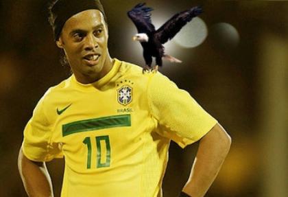 Ronaldinho'nun menajeri İstanbul'a geliyor!