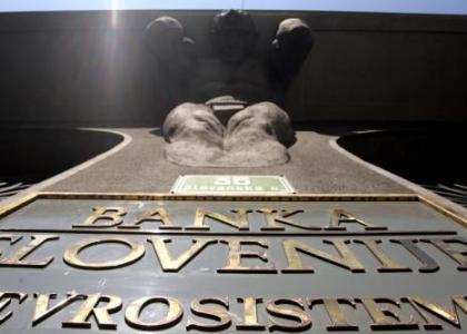 sorunlu bankalar icin 5 milyar euroya ihtiyaci var