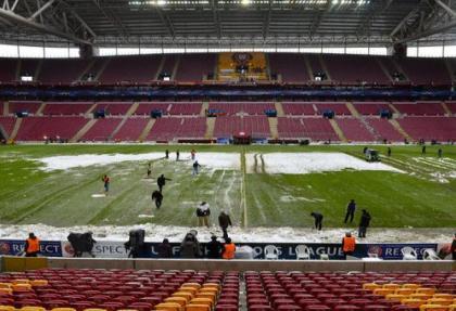 UEFA'dan Galatasaray'a tehdit gibi uyarı