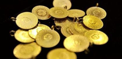 """Altın """"talep azalması"""" nedeniyle düştü"""