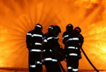 Balıkesir'de toplu konutta yangın dehşeti