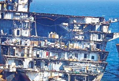 ingiliz kraliyet donanmasi izmirli hurdaciya muhtac