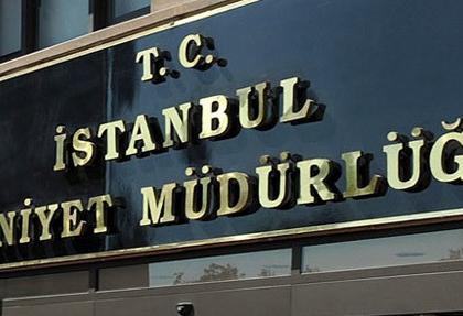 istanbul'da gorevden alinan polisler soke etti