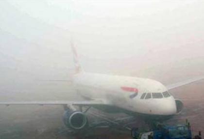 İzmir'de uçak seferleri iptal edildi