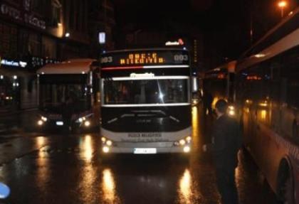 Otobüsçülerden ücretsiz karta tepki