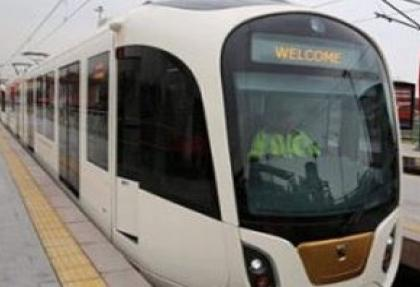İstanbul'un ilk yerli tramwayı test sürüşü yaptı