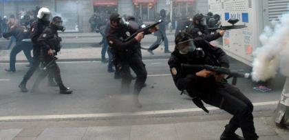 gazdan etkilenen polis kalp krizi gecirdi!
