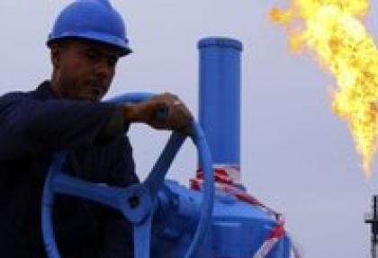 Irak petrol vanalarını kısmaya devam etti