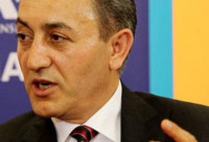 """JCR/Ökmen: """"Türkiye'de cari açık finansmanı sorun değil"""""""