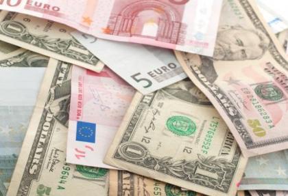 Para piyasalarında Euro-Dolar alış satış rakamları
